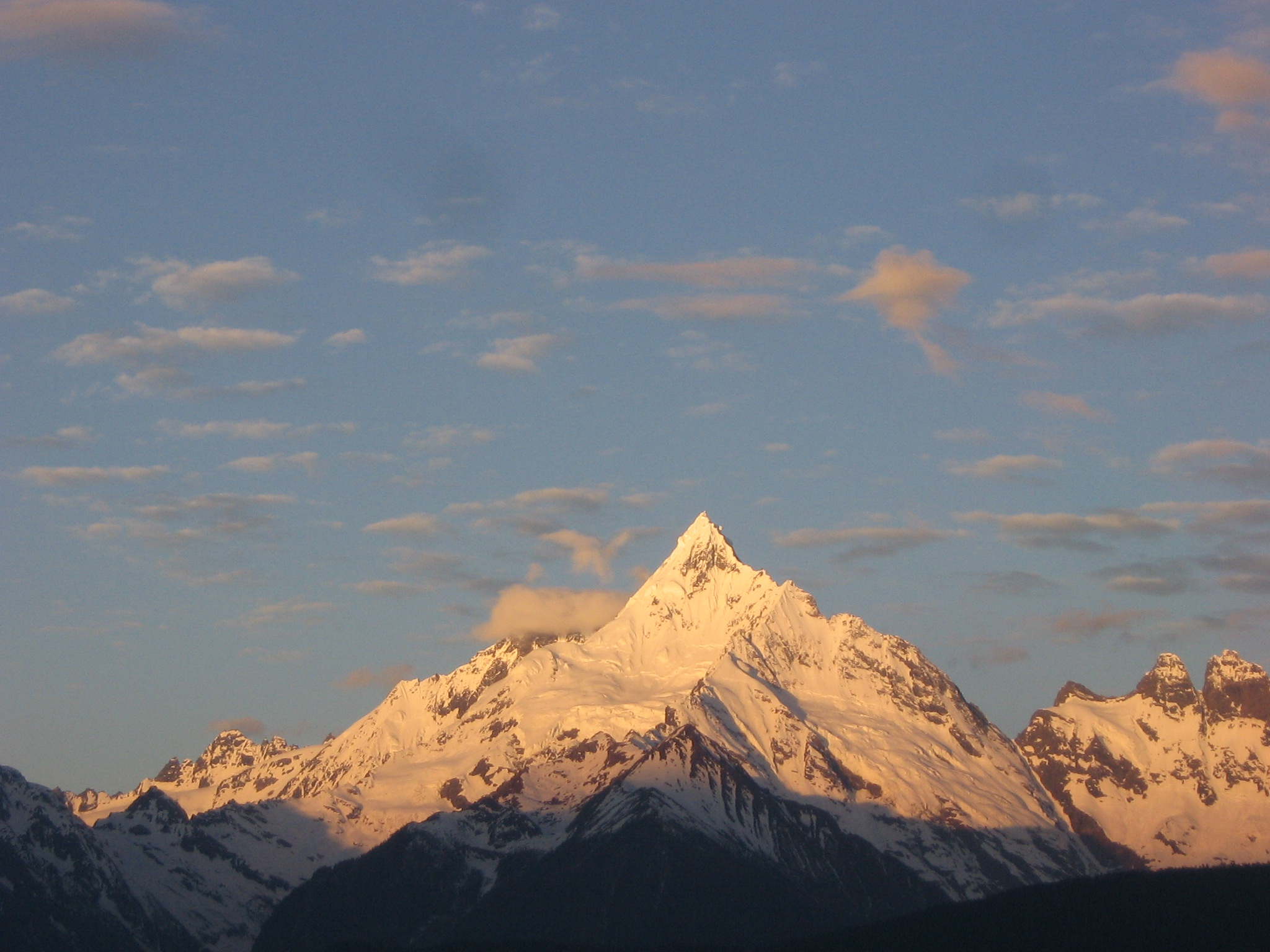 Sunrise in the Himalya mountains